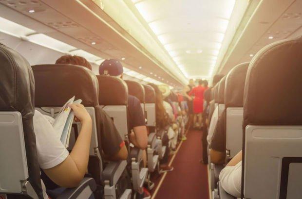 Uçak seyahatleri