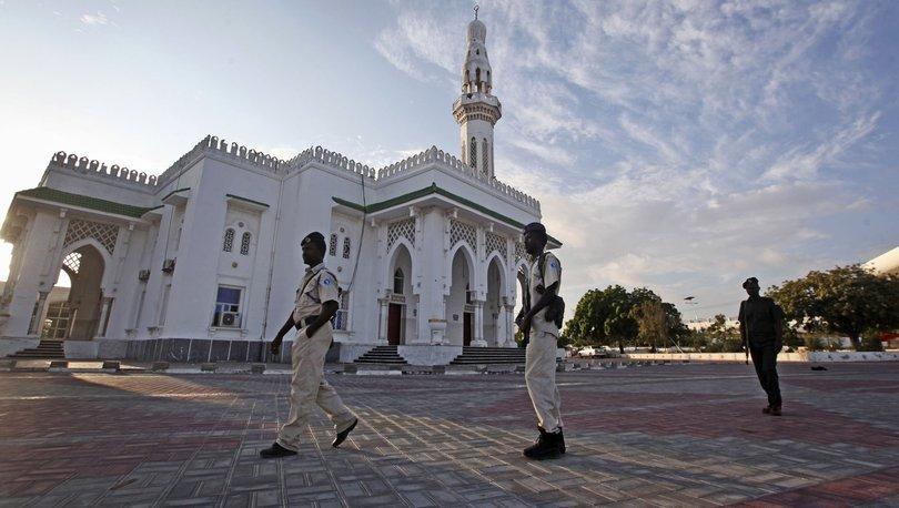 Somali'de dini lider ve müritlerine silahlı baskın!