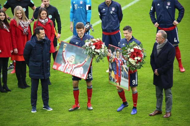 Müller ve Lewandowski'ye ödül