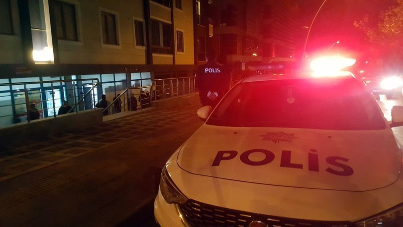 Bahçelievler'de markette silahlı soygun: 6 bin lira ile kayıplara karıştılar