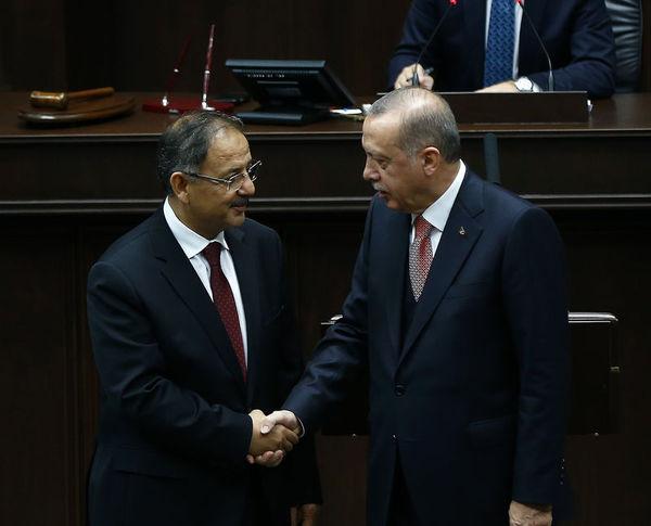 Cumhurbaşkanı Erdoğan'ın grup toplantısında açıkladığı 20 aday arasında Özhaseki de bulunuyor.