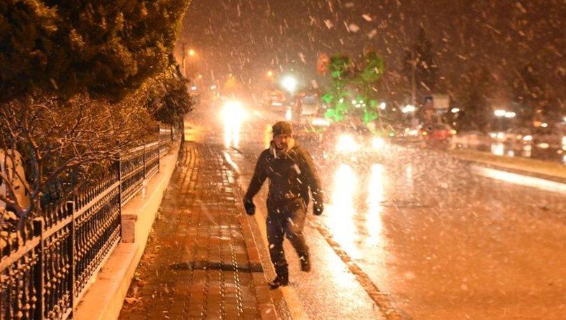 Meteoroloji uyarmıştı! Beklenen kar geldi (Hava Durumu)