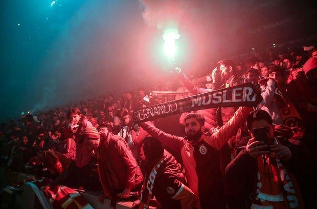 Galatasaray  taraftar  Beşiktaş Antrenman