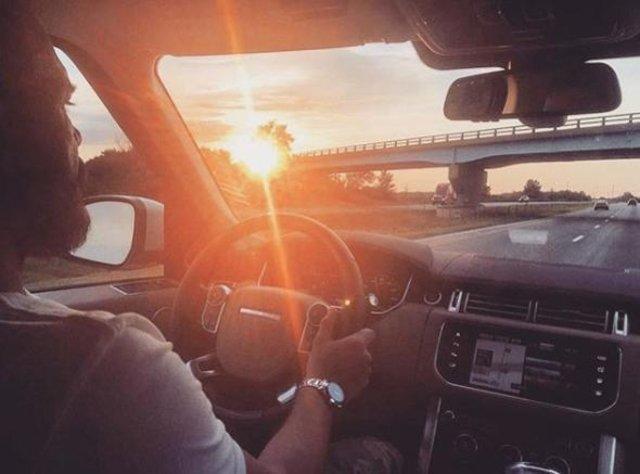 Oyuncu Tolga Karel, Amerika'da TIR şoförü oldu! Bakın en kadar kazanıyor -  Magazin Haberleri