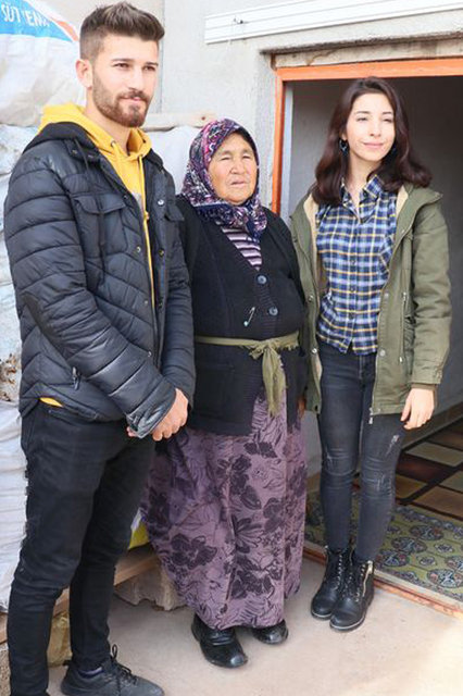 Haluk Levent hindileri çalınan kadına yardım eli uzattı - Magazin haberleri
