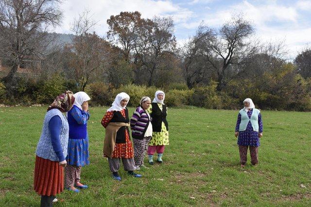 Kadın çiftçiler Mabel Matiz'in klibinde oynadı - Magazin haberleri
