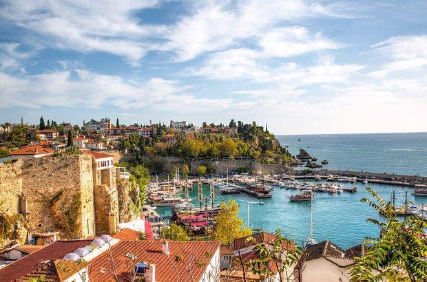 İstanbul ve Antalya ilk 100'e girdi