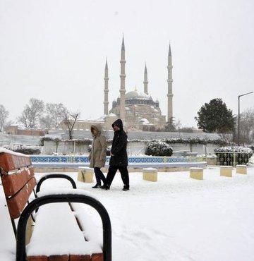 Aralık ayında Türkiye'nin deyim yerindeyse buz tutması, Sibirya soğuklarının etkisi altına girmesi bekleniyor
