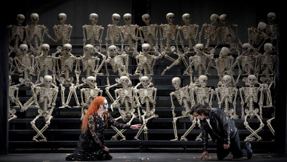 'La Traviata' ile 'La Boheme' sahneleniyor