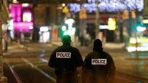 Strasbourg'da Noel Pazarı yakınında silahlı saldırı: 3 ölü