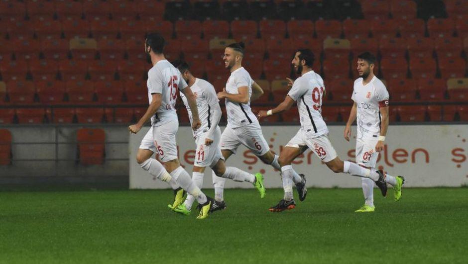 Balıkesirsporlu futbolculardan kulübe şok