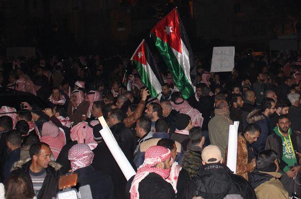 Ürdün'de hükümetin istifası istendi