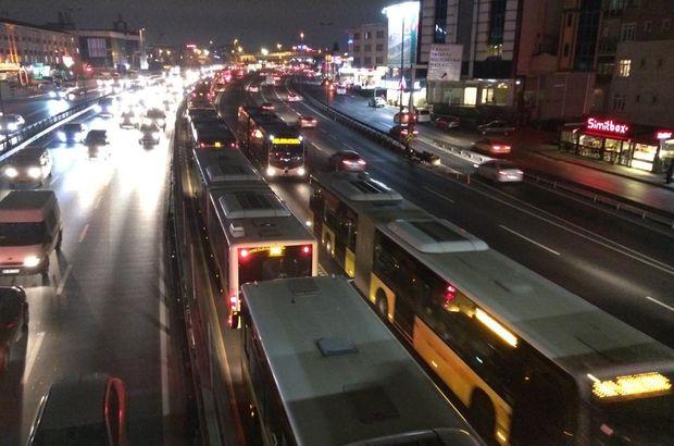 Metrobüs arıza yaptı!