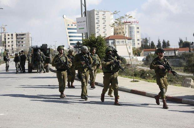 İsrail aktivistlere müdahale etti: Yaralılar var