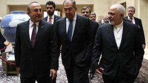 Suriye'de yeni anayasa için üç ülke uzlaştı!