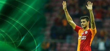 Ozan Kabak'la sözleşme uzatıldı!