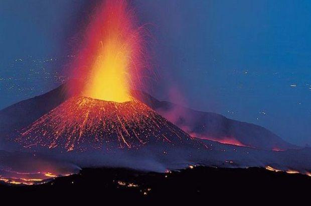 İtalya Etna Yanardağı