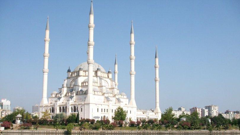 Adana Cuma Namazi Saati Diyanet Namaz Saatleri Adana Cuma