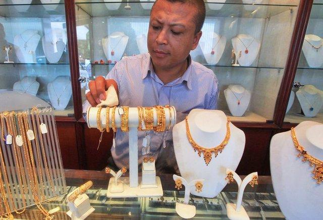 SON DAKİKA altın fiyatları! Çeyrek altın ve gram altın fiyatı düşüşte! Canlı altın fiyatları 4 Ocak