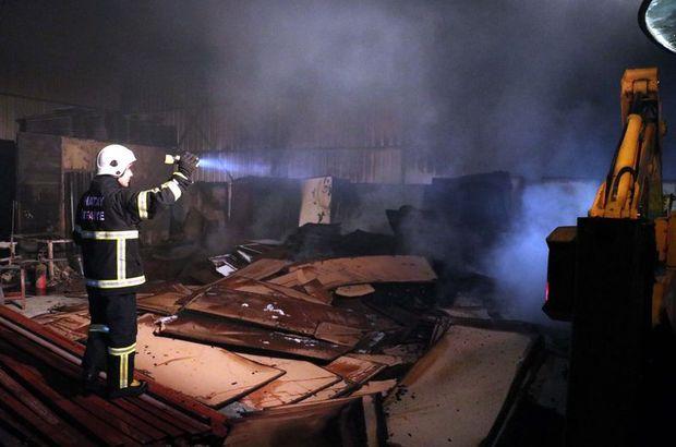 Hatay çelik kapı fabrikası yangın