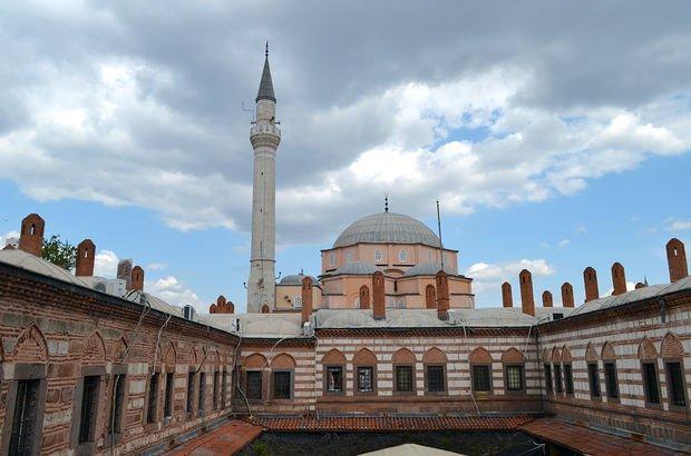 4 Ocak Antalya Cuma namazı saat kaçta Diyanet, Antalya Cuma namaz vakti 35
