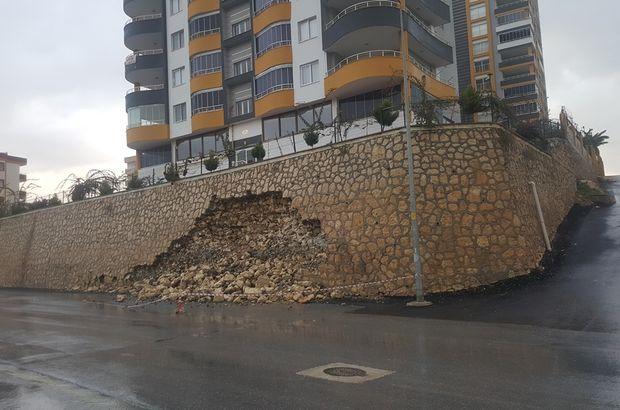 Sitenin duvarı yıkıldı