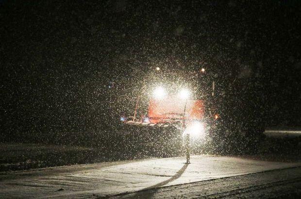 Ege'deki 2 ilde yoğun kar yağışı
