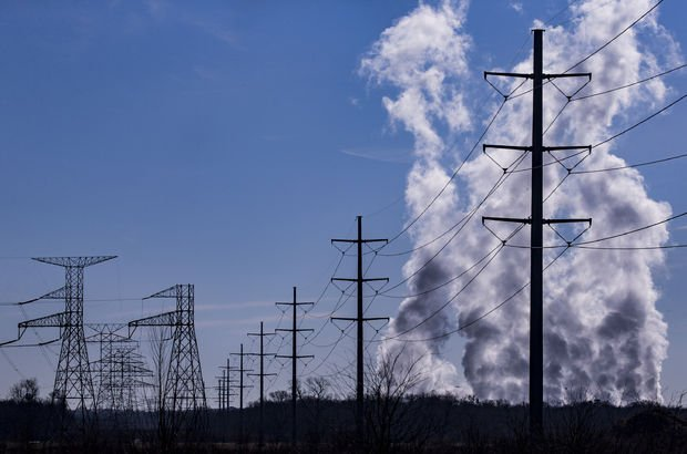 Elektrik tüketimi aralıkta azaldı
