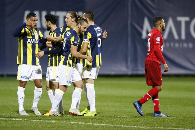 Fenerbahçe'de AZ Alkmaar maçında kim ne yaptı?