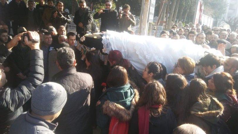 Cenazesini kadınlar taşıdı