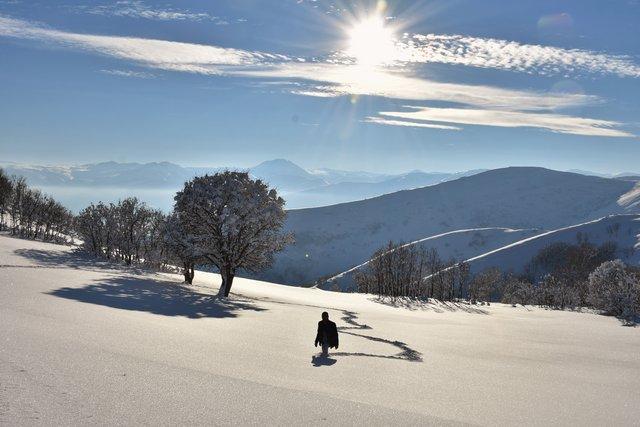 Kış zorlukları ve güzellikleriyle yaşanıyor