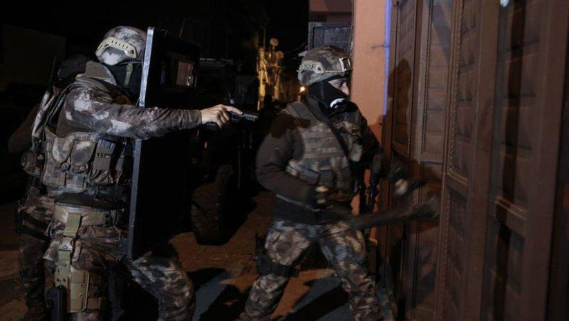 Adana'da HTŞ'ye şafak operasyonu: 13 gözaltı
