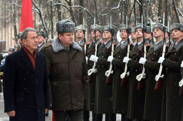 Milli Savunma Bakanı Akar Belarus'ta