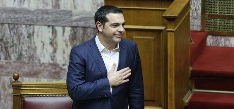 Son dakika: Yunanistan'da Çipras hükümeti güvenoyu aldı!