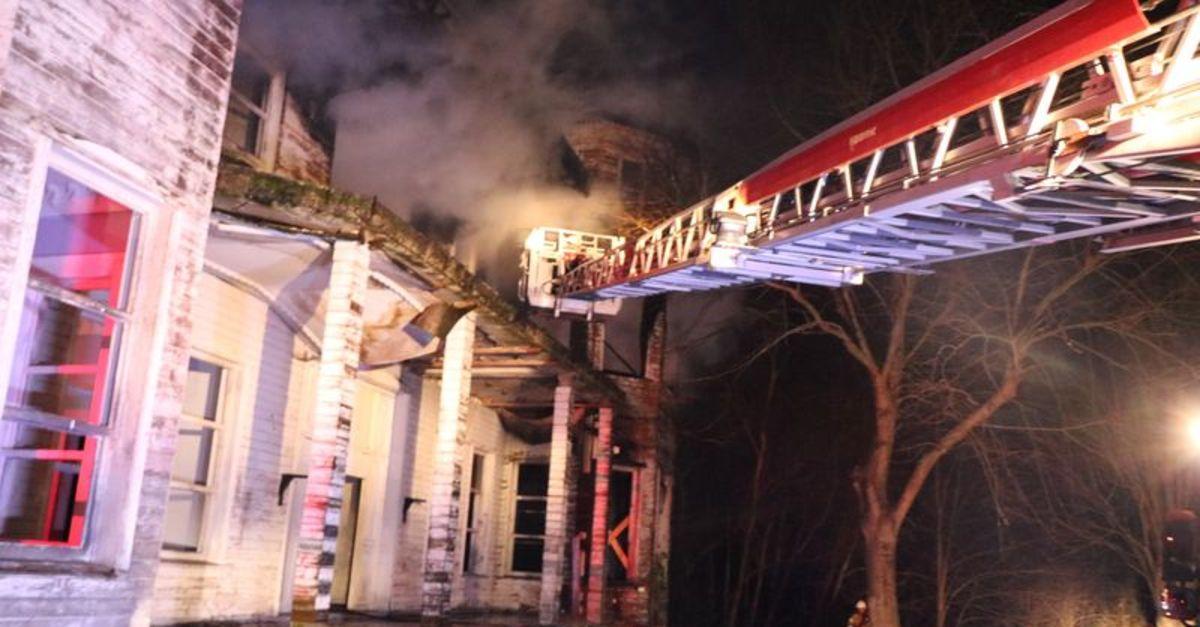 Beykoz'da ahşap köşkte yangın
