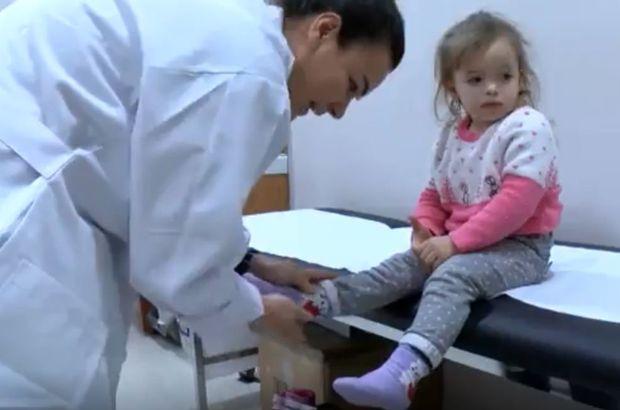 3 yaşında ilk kez ayakkabı giydi