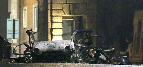 Kuzey İrlanda'da patlayan bombalı araç için 'Yeni IRA' şüphesi!