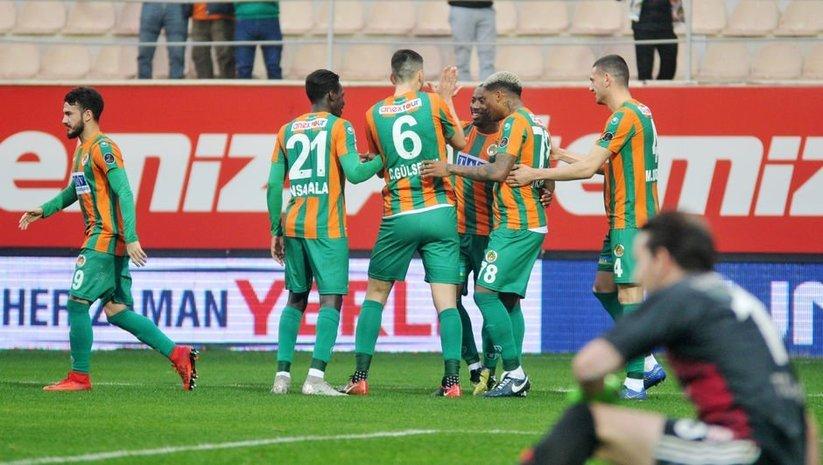 Alanyaspor, Sivasspor'u rahat geçti!