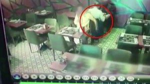Restoranda akıl almaz hırsızlık!