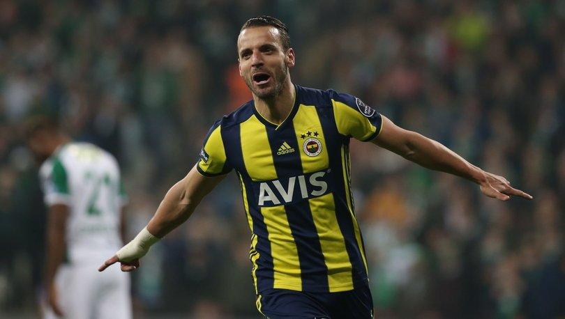 Roberto Soldado: Fenerbahçe'de kalacağım
