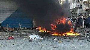 Suriye'de bombalı araç infilak etti!  Ölü ve yaralılar var