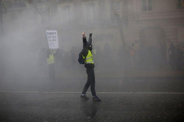 Fransa'da polis şiddetine karşı kameralı önlem!
