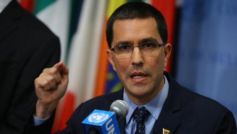Venezuela Dışişleri Bakanı Arreaza: ABD Venezuela'daki darbe girişiminin arkasında değil önünde