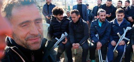 Ampute Futbol Milli Takım kaptanı Osman Çakmak'ın annesi defnedildi