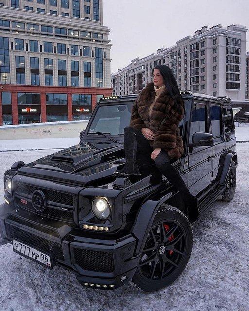 Rusya'nın zengin çocukları paraya para demiyor!
