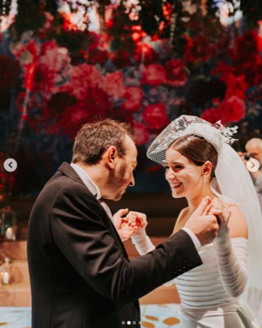 Hazal Kaya'dan düğün sonrası ilk paylaşım - Magazin haberleri