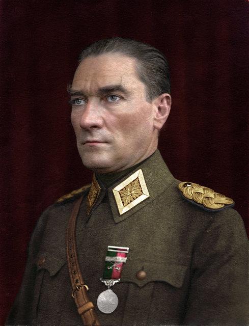 Halit Ergenç: Preparing for the Atatürk revival