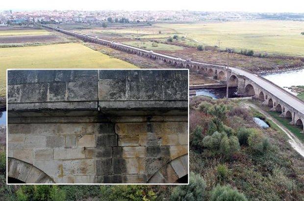 575 yıllık 1306 metre uzunluğundaki tarihi Uzunköprü yıkılıyor!