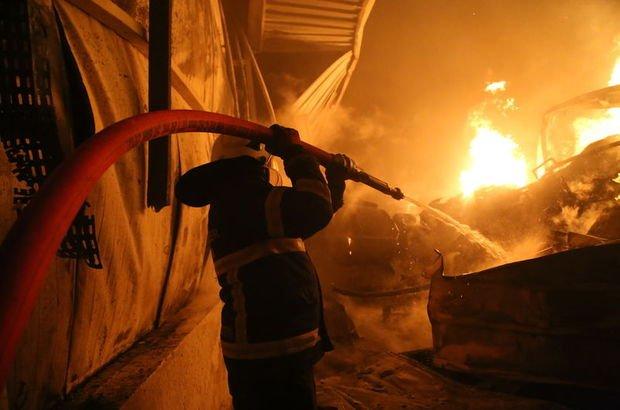 Tarsus'taki fabrikada yangın
