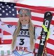 Bir olimpiyat, 2 dünya ve 20 Dünya Kupası şampiyonluğu bulunan kadın kayakçı Vonn, kariyerinin son yarışında dünya 3